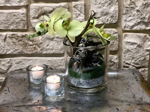 Tischgesteck Tischdeko Nr. 33 Glasvase mit grüner Orchidee / Phalaenopsis und Silberdraht