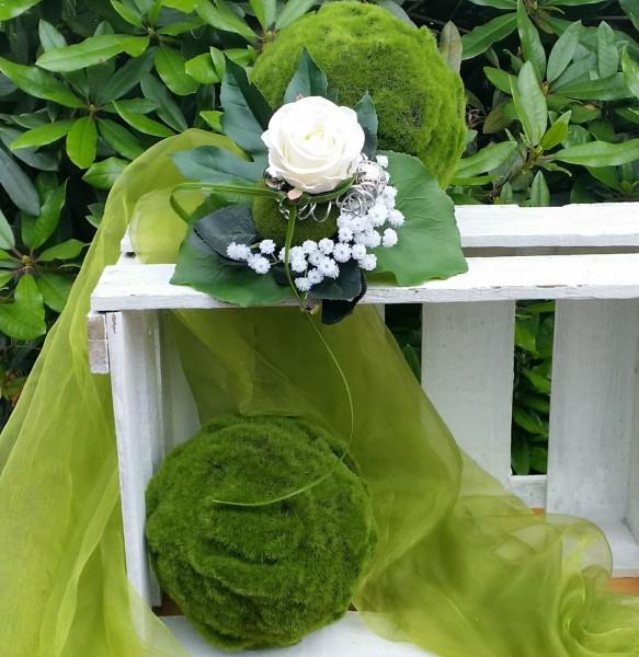 Blumenstrauß Nr.9 Strauß mit weißer Rose Schleierkraut und Schmuckdraht