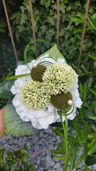Blumenstrauß Nr.6 Strauss mit weißer Hortensie Allium und Mooskugeln