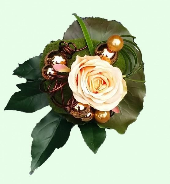 Blumenstrauß Nr.7 Strauss mit apricot Rose Moospucker und Schmuckdraht