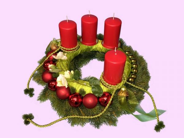 Adventskranz Nr.13 Tannenkranz 42 cm Ø mit roten Kerzen mehrjährig Weihnachtsgesteck