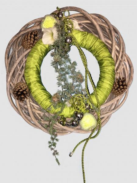 Türkranz Winter Wandkranz Nr.9 Doppelkranz 40 cm apfelgrün mit Zedernranke Weihnachten Türdeko
