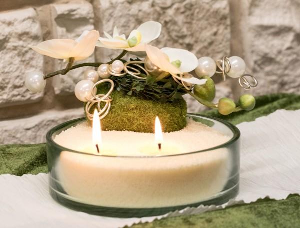 Glasschale mit Blumendekoration mit Kerzensand, vanille, Orchidee Moospucker Perlen