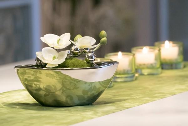 Tischdekoration Nr. 71 silber Schiffchen mit weißer Orchidee und Draht
