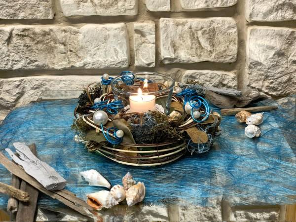 Tischgesteck Nr.43b Kranz mit Perlen und Teelicht türkis - perlmutt Kies Sommer