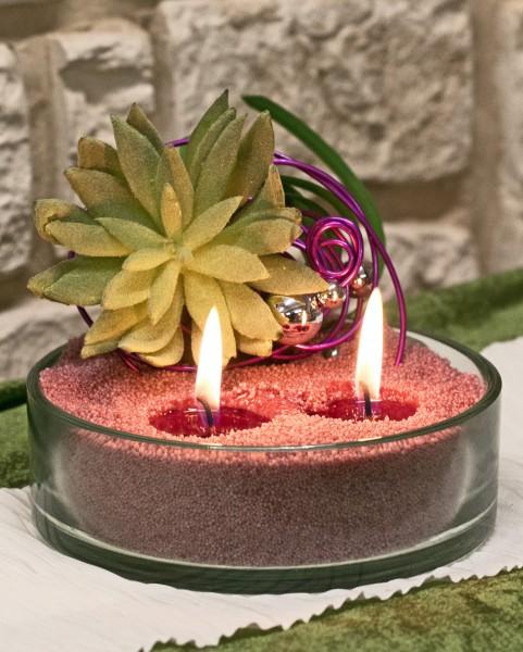 Blumengesteck mit Kerzensand flieder bei Hiko-Dekoshop