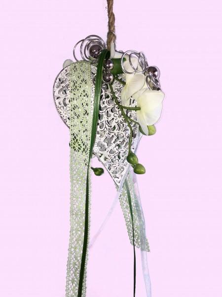 Fensterdeko Nr.10 Metallherz 16x15 cm mit Orchidee