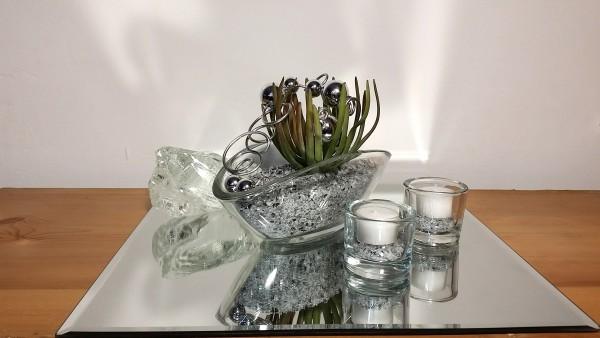 Tischgesteck Tischdekoration Nr. 4 Glasschale mit Sukkulente Spiegelgranulat und Silberdraht