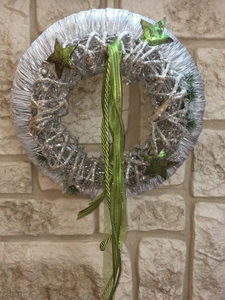 Türkranz Winter Wandkranz Nr.14 Doppelkranz 37 cm silber geeist mit Glitter und Sternen auf Dekowand