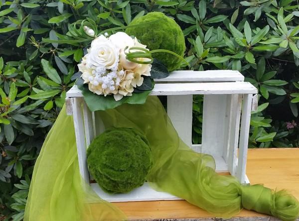 Blumenstrauß Nr.15 Strauss mit creme Hortensie creme Rosen und Schleierkraut
